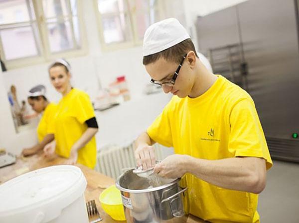 Potravinářská výroba - cukrářské práce